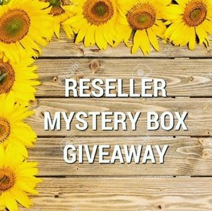 Reseller Mystery box Giveaway